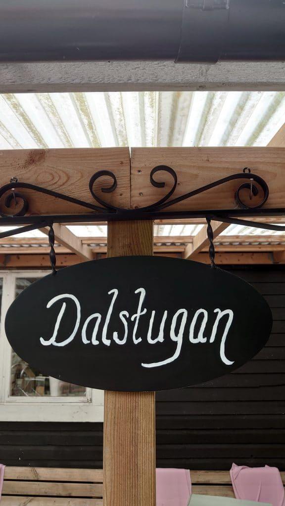Dalstugan - Skylt